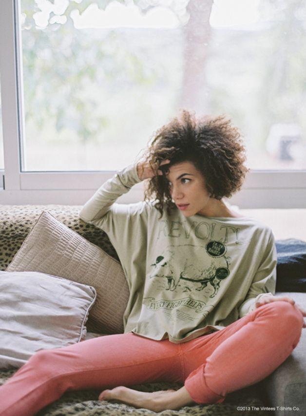 Camiseta de manga larga oversize de 100% algodón orgánico.