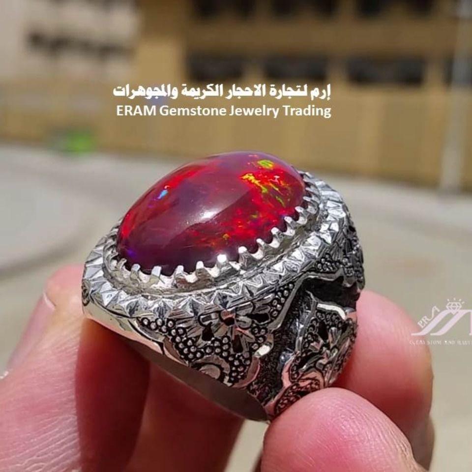 من جوهرة الاحجار صغنا لك خاتم اوبال احمر مميز طبيعي 100 Opal Silver Rings Silver Rings