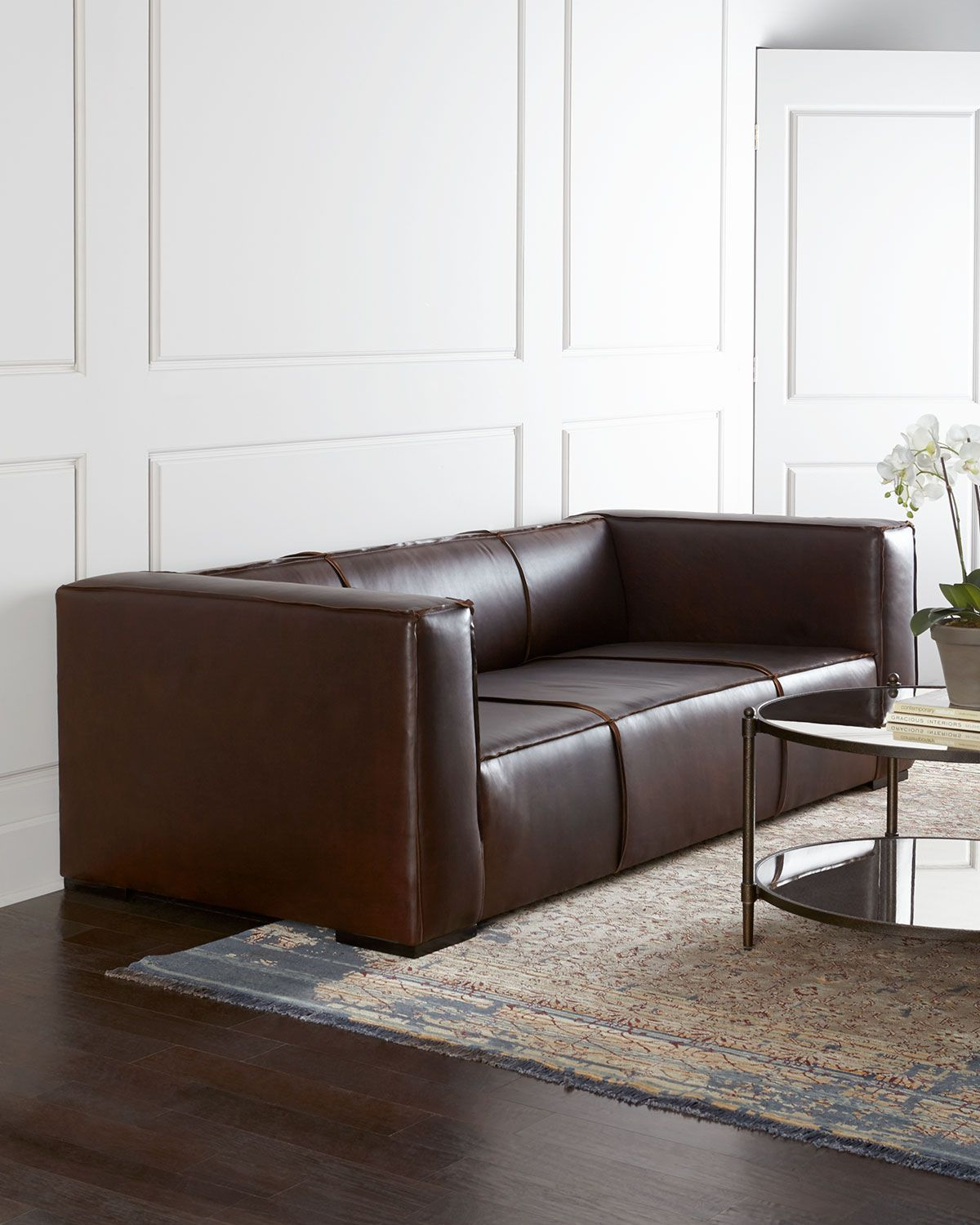 Old Hickory Tannery Mathis Leather Sofa Moveis