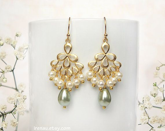 White Frosted Flower Earrings*White Pearl Floral Bohemian Earrings*White Opal Dangle Drop Earrings*Bridesmaids Gift*Fairy Flower Earrings*