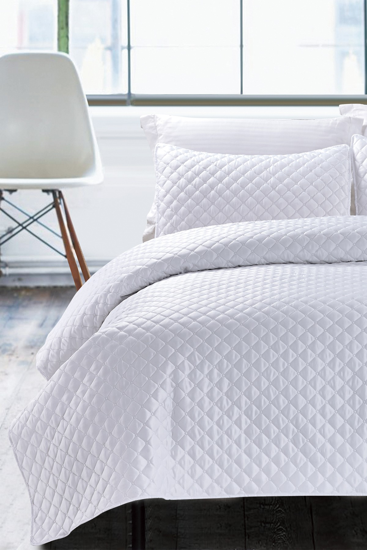 NMK Hotel Diamond Coverlet Set - White | home design | Pinterest ...