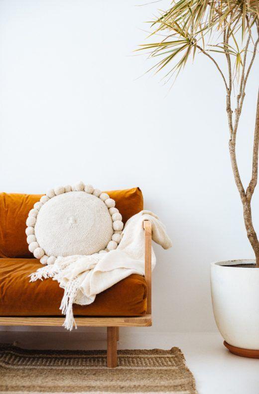 Bohemian Style Round Pompom Cushion On Velvet Couch Coussin A Lu0027allure Du0027un  Bonbon!