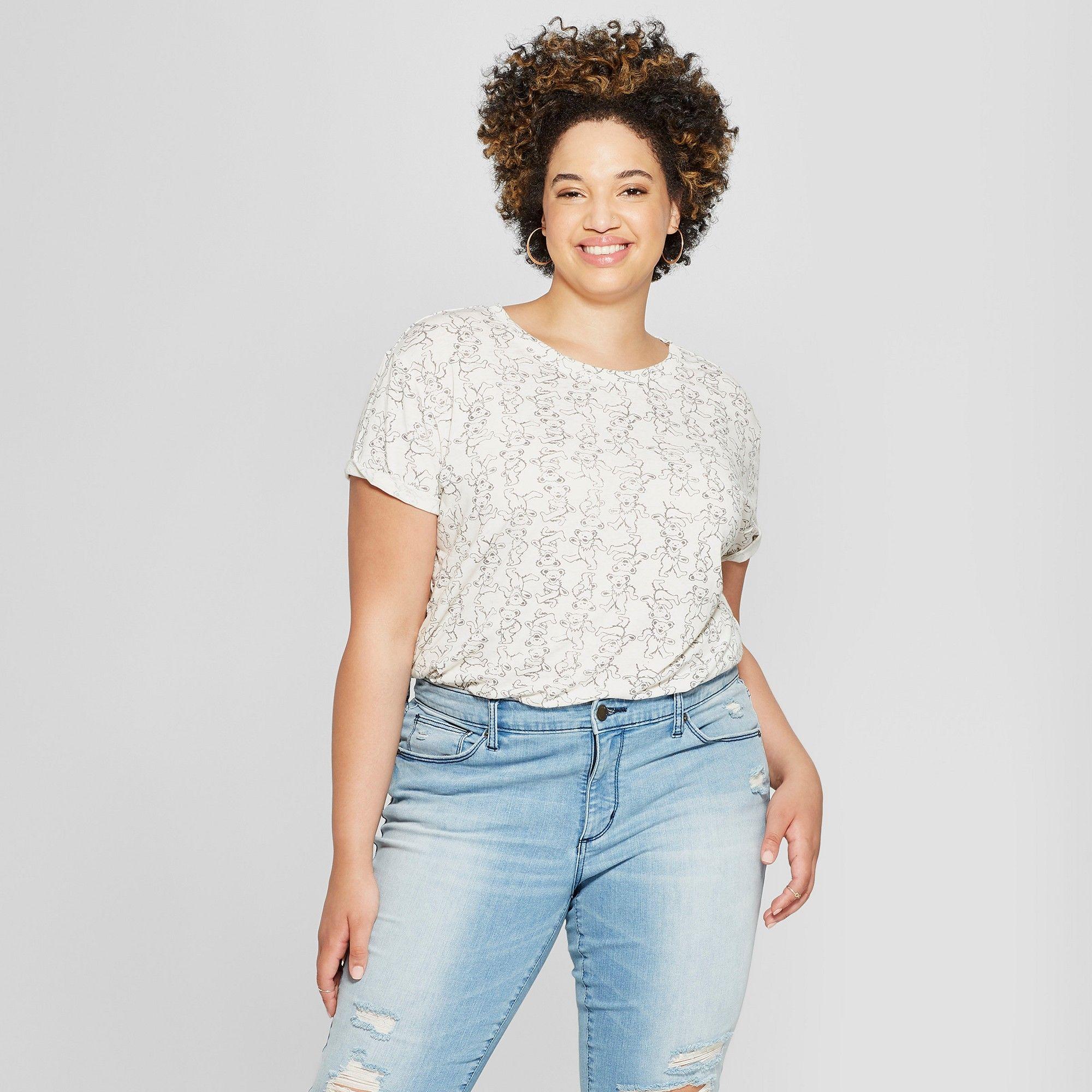 b95afdfc712 Women s Grateful Dead Plus Size Short Sleeve Bear Print Graphic T-Shirt  (Juniors ) White 2X