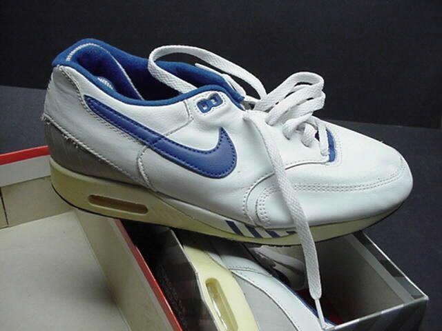 NIKE AIR WALKER MAX | Nike, Nike retro