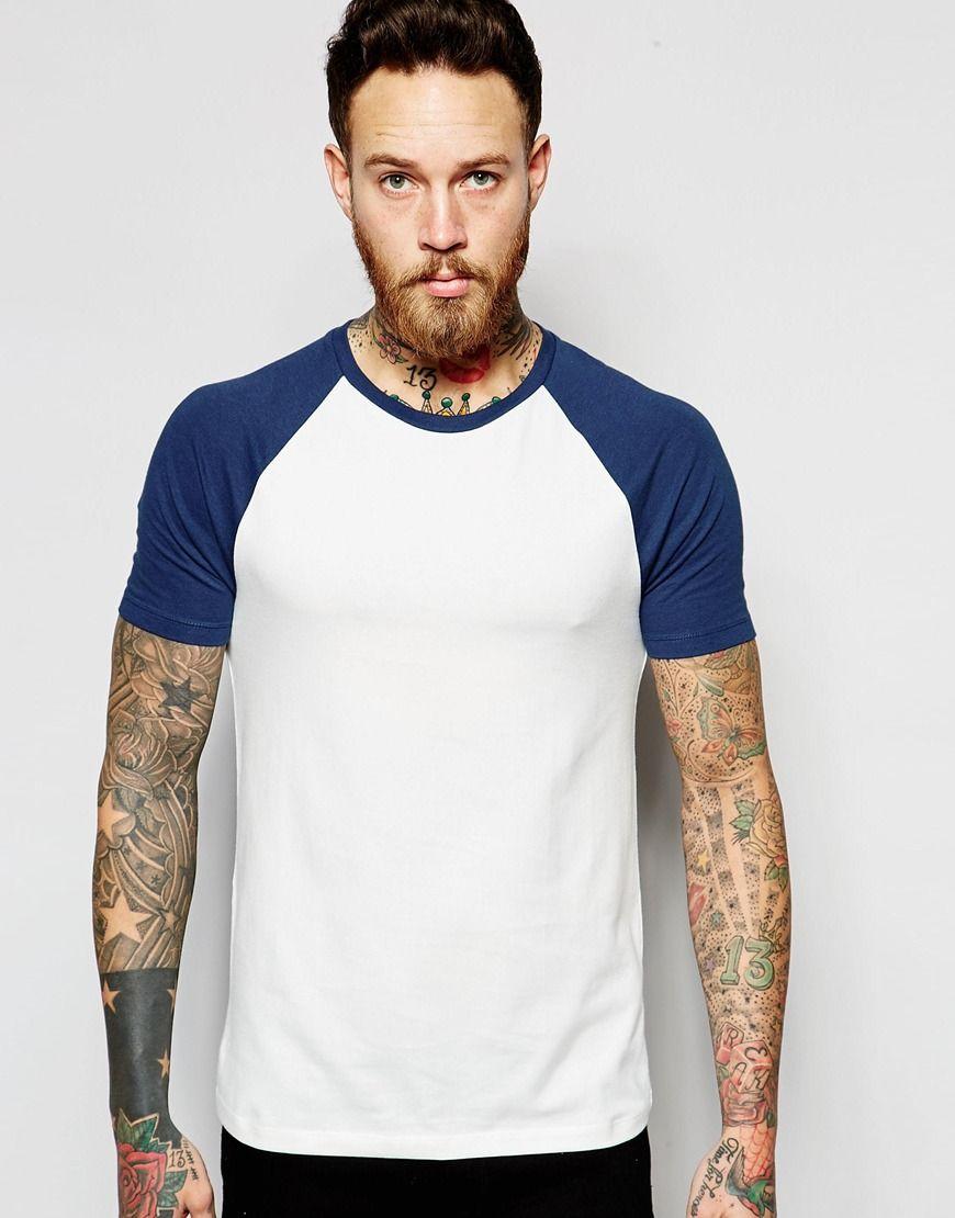 Camiseta entallada con mangas raglán en contraste de ASOS at asos.com