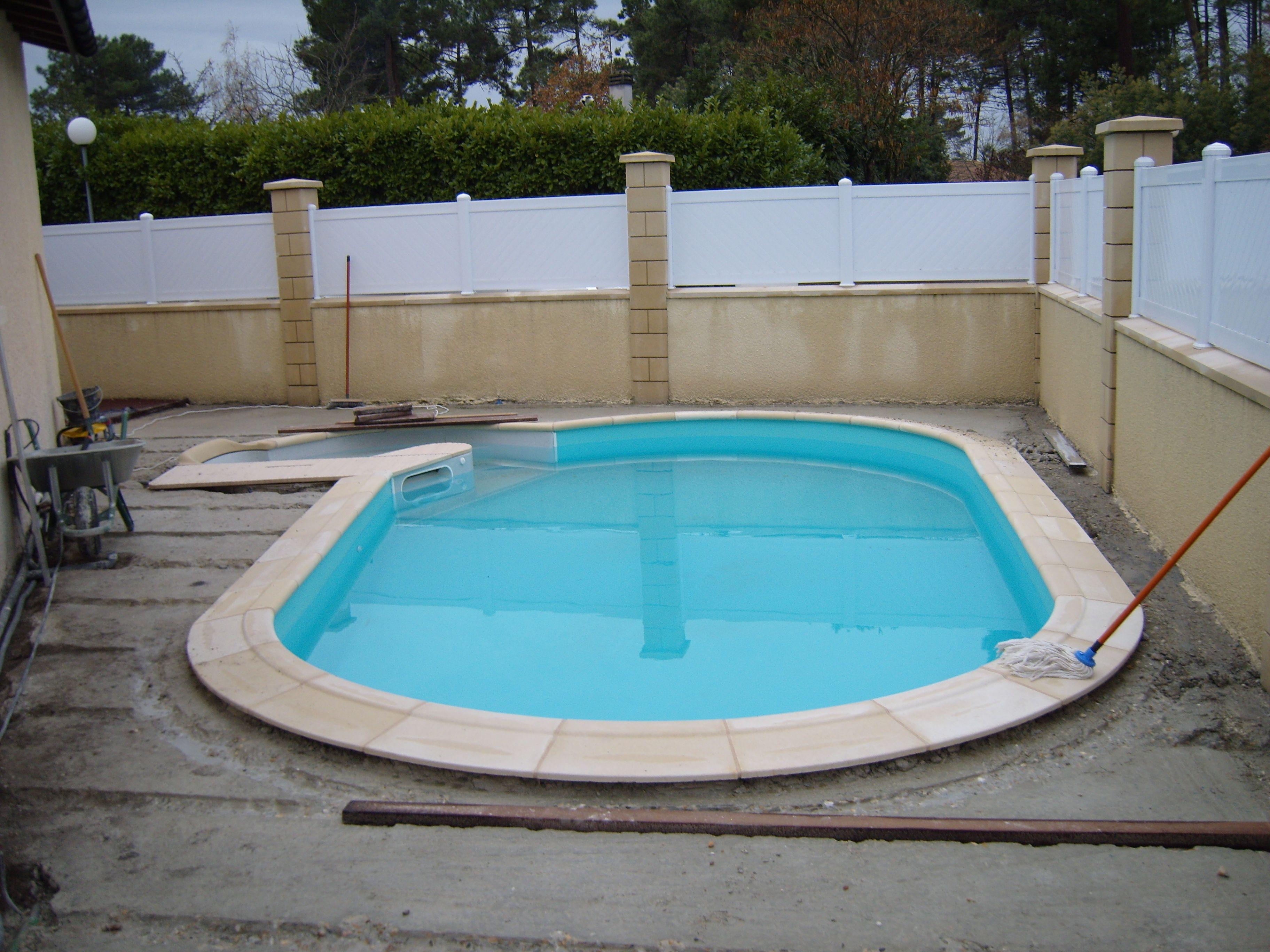 terrasse bois ar s pr paration du sol avant la pose des lambourdes sur une dalle en b ton. Black Bedroom Furniture Sets. Home Design Ideas