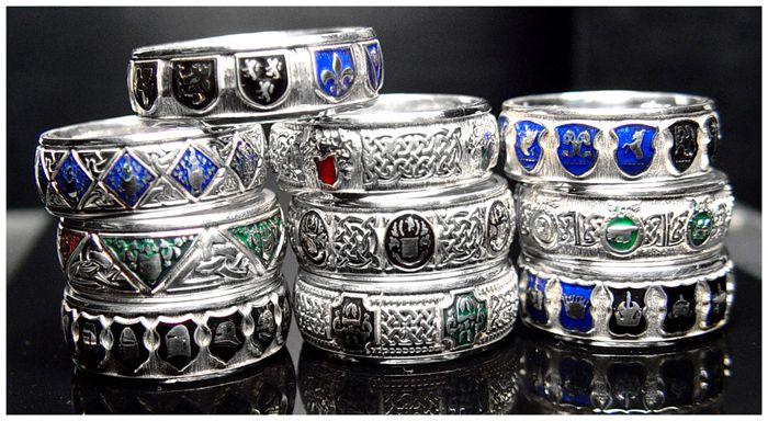 Celtic knots motif silver enameled bands.