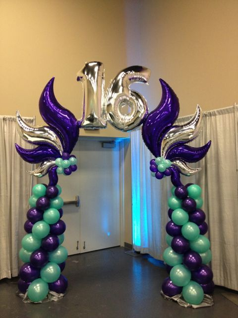 Balloon curves centerpieces google search eclectic for Balloon decoration ideas for sweet 16