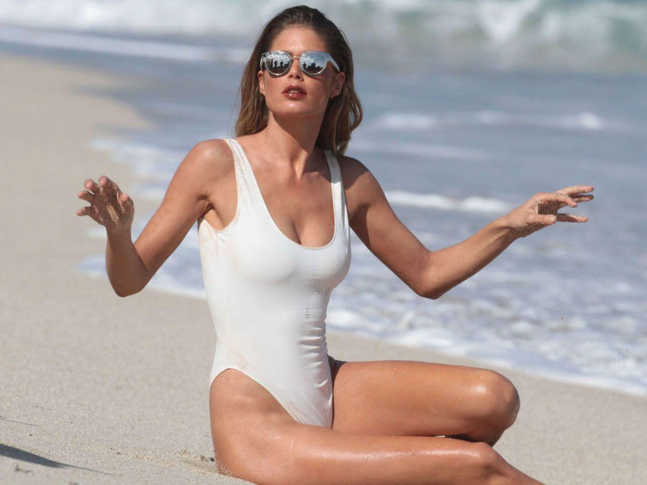 Fotos Cynthia Kirchner naked (78 photo), Ass, Bikini, Feet, cameltoe 2015