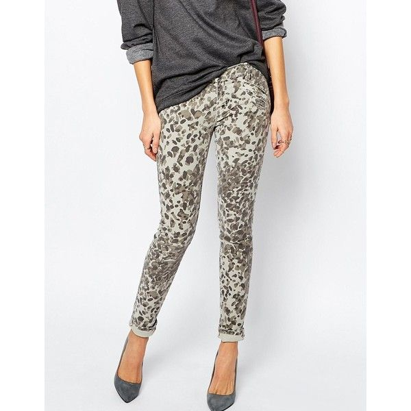 Current Elliott Leopard Print Skinny Jean (3 495 SEK) ❤ liked on Polyvore featuring jeans, multi, current elliott jeans, leopard print skinny jeans, mid rise skinny jeans, zipper jeans and white jeans