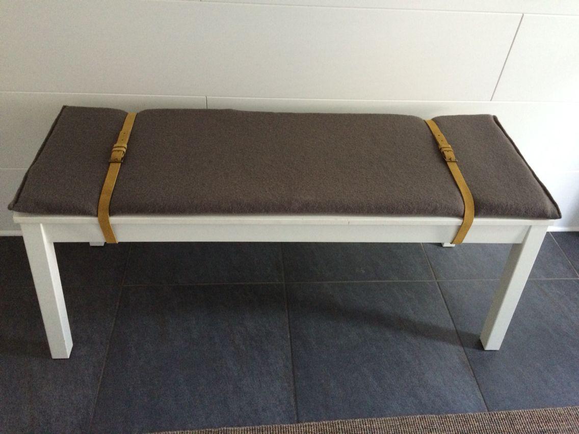 ikea bank mit gen htem sitzkissen und g rteln als halterung diy pinterest sitzkissen. Black Bedroom Furniture Sets. Home Design Ideas