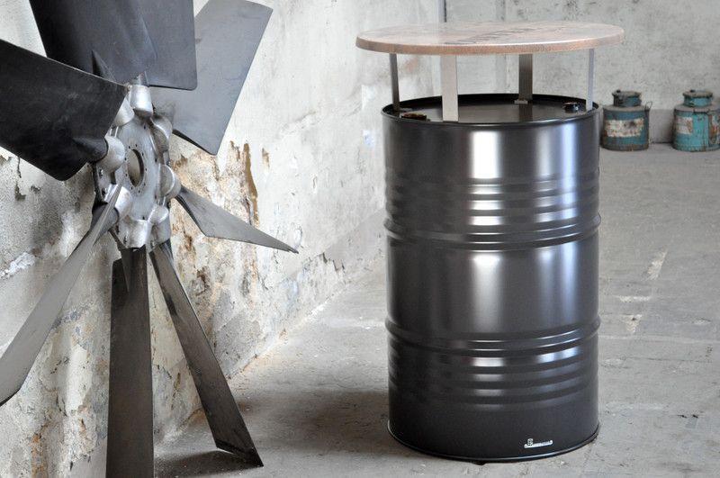 b rom bel stehtisch bistrotisch aus 200 l neu fass pulverbe ein designerst ck von