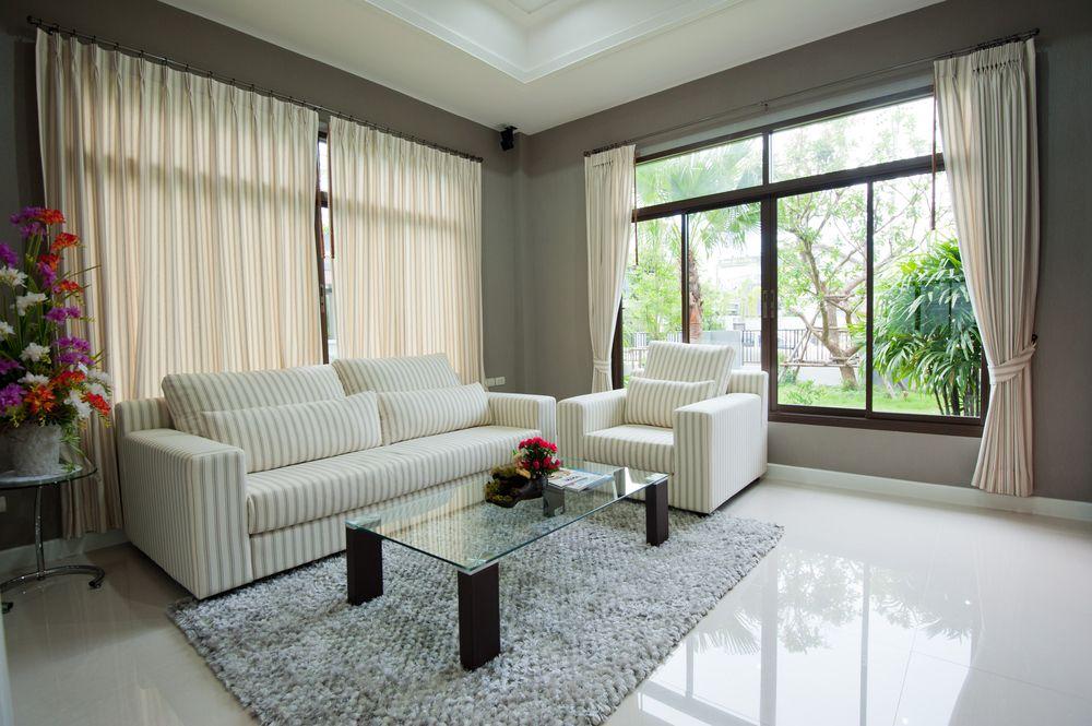 La mejor fuente de luz en un hogar son las ventanas grandes ...