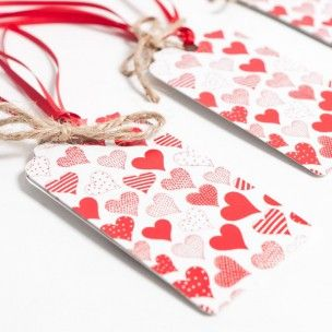 Traditional Little Hearts Gift Tags