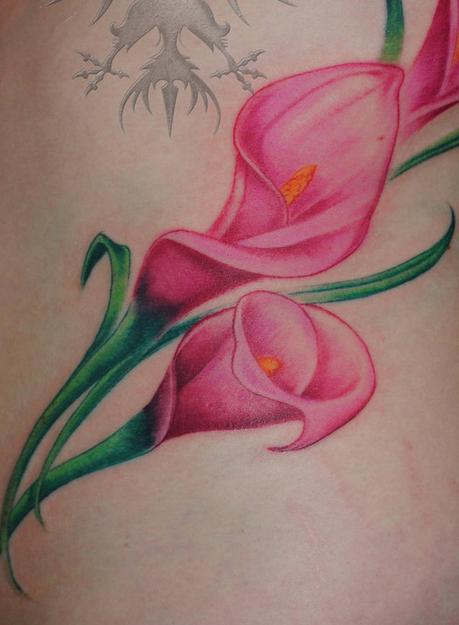 calla lily tattoo tattoo pinterest calla lily tattoos calla lilies and tattoo. Black Bedroom Furniture Sets. Home Design Ideas