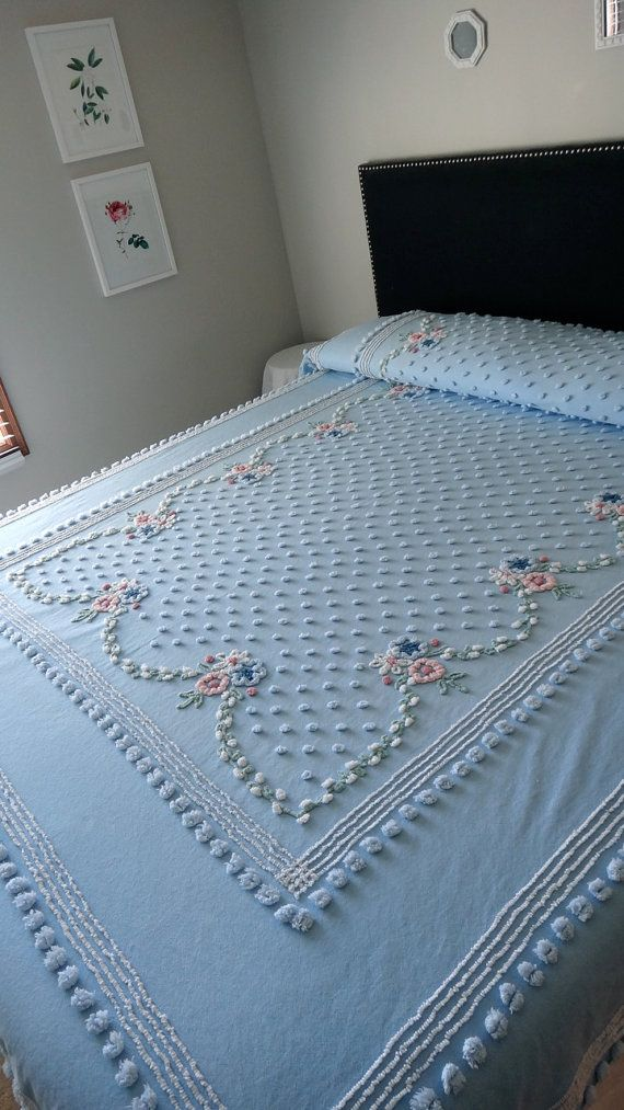 Vintage Chenille Bedspread Needle Tufted Pops And Pearls With French Country Blues And Flowers Chenille Bedspread Vintage Bedspread Bed Spreads