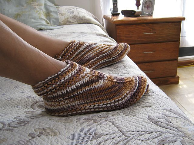 Desert Boots And Slippers By Elise Brand - Free Knitted Pattern ...