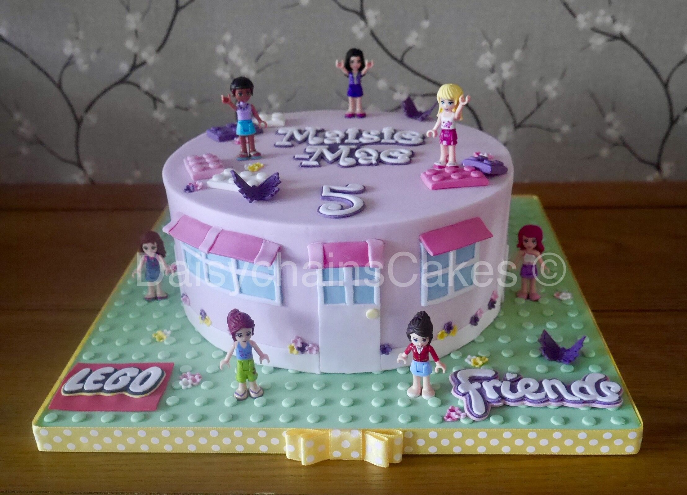 Lego Friends Cake With Images Lego Friends Cake Friends Birthday Cake Lego Friends Birthday