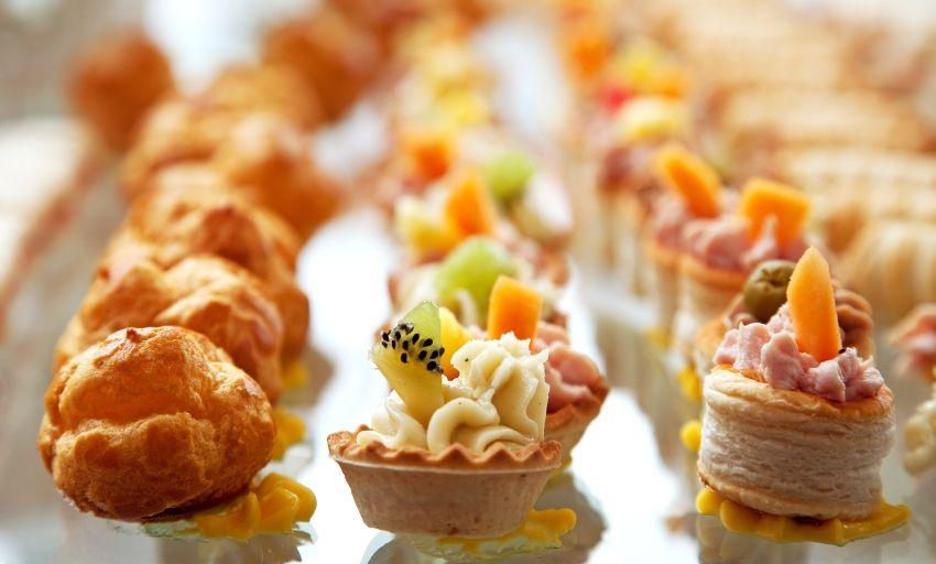 Hochzeitsbuffet, Tipps und Anregungen zu Foof & Bevarage Foto: Dollarphotoclub - dp3010