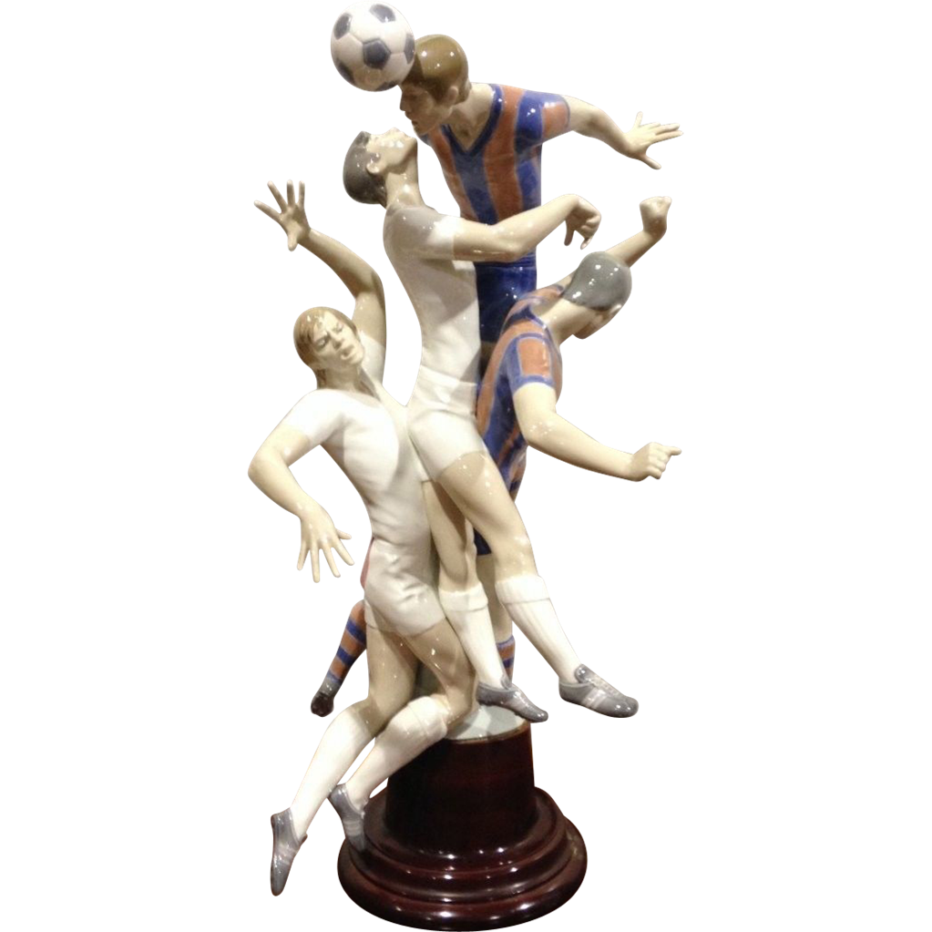 "Monumental Lladro ""Futbolistas"" 149/500 #1266 Limited Edition - Soccer Players #VintageSports  #rubylane"