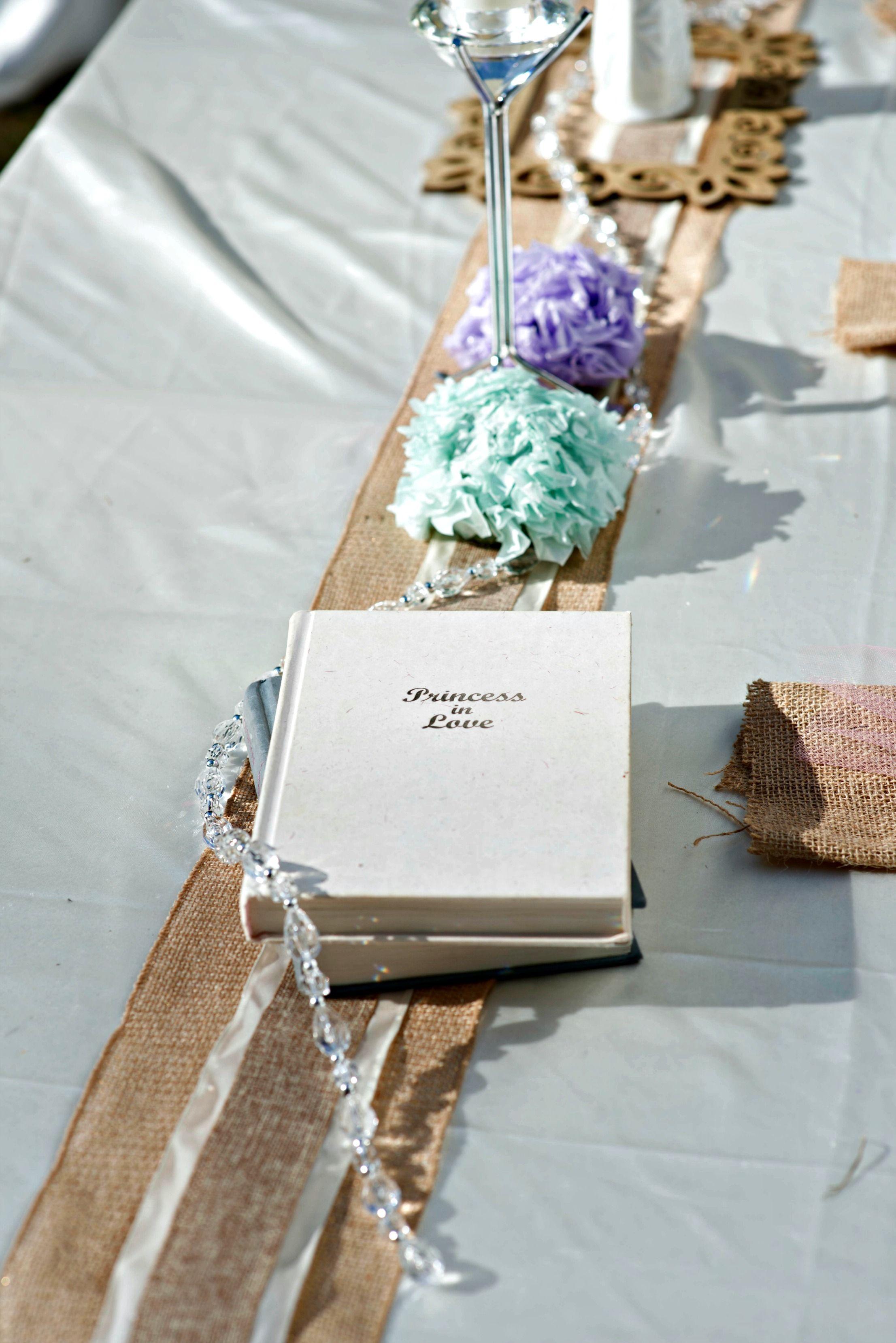 Modern Vintage Favors For Wedding Crest - The Wedding Ideas ...