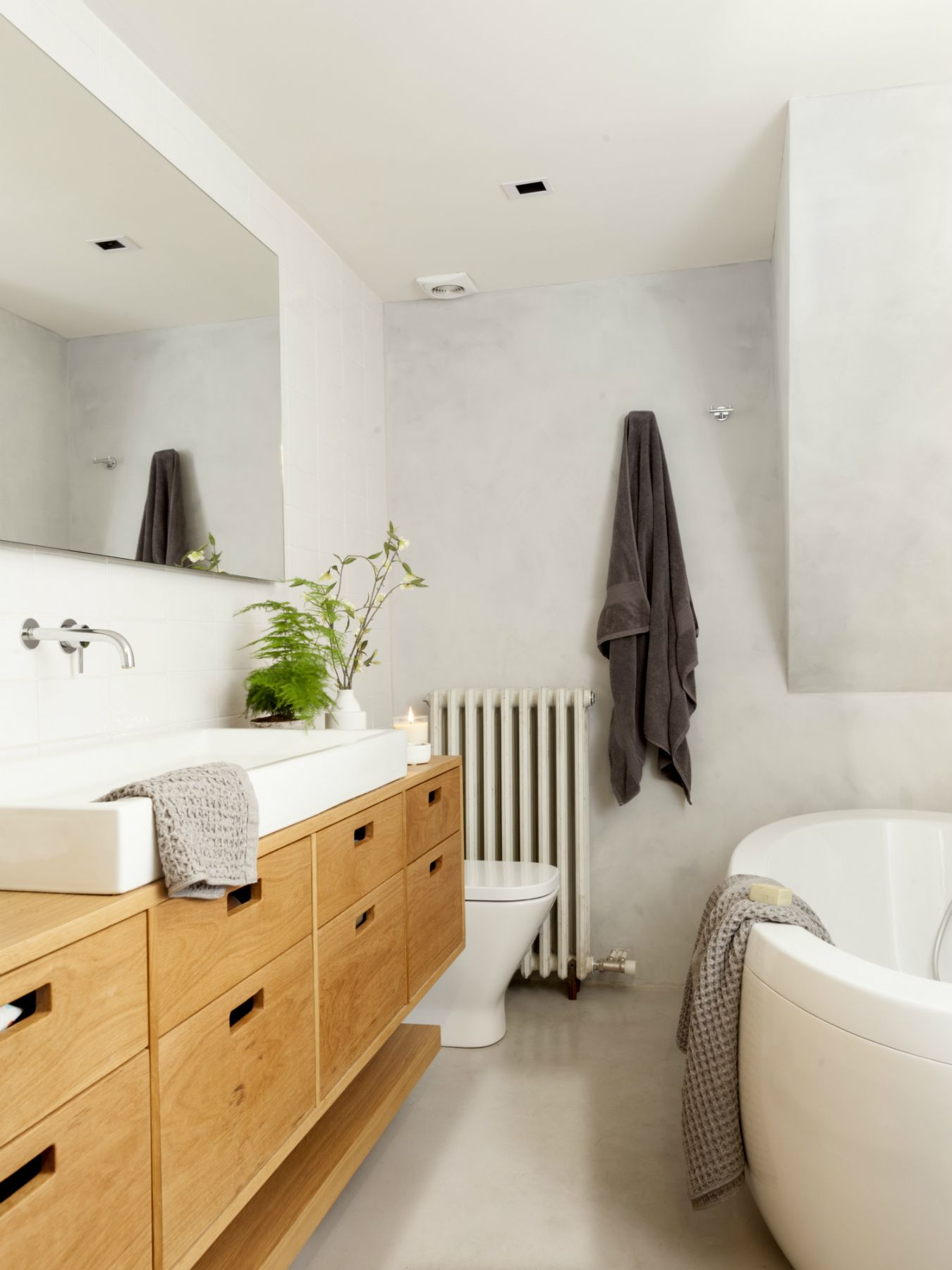 Ba±o con radiador O in 2018 Bathroom