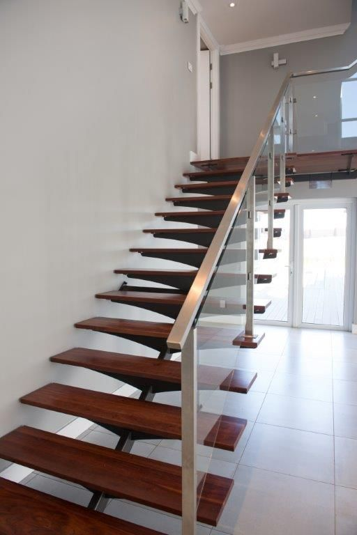 Custom Mild Steel Staircase Timber Treads And Stainless Steel And