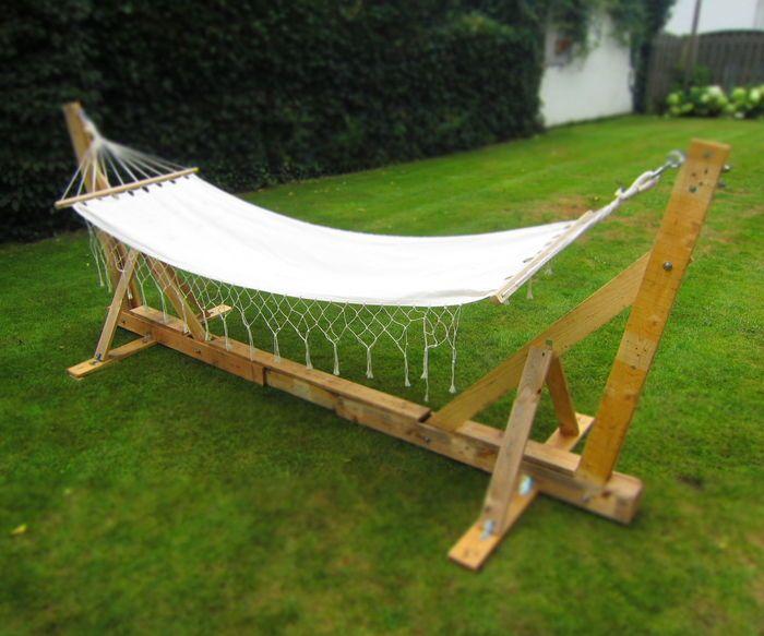 Top Pallet Projects   Pallet hammock stand   Diy hammock ...