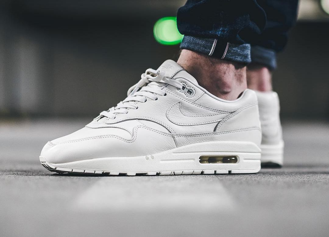 Nike Air Max 1 Pinnacle White 2016 (by sixnine) | Shoe