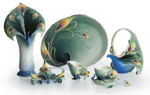 Image Detail For Franz Porcelain Opulessence Peacock Design Sculptured Porcelain Teapot Franz Collection Tea Pots Porcelain Art