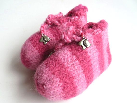 Felt children slippers Little Pink Tiger pure new by TheFeltingCat