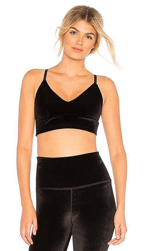 Beyond Yoga Velvet Motion Lavish Bra in Black. | Fitness