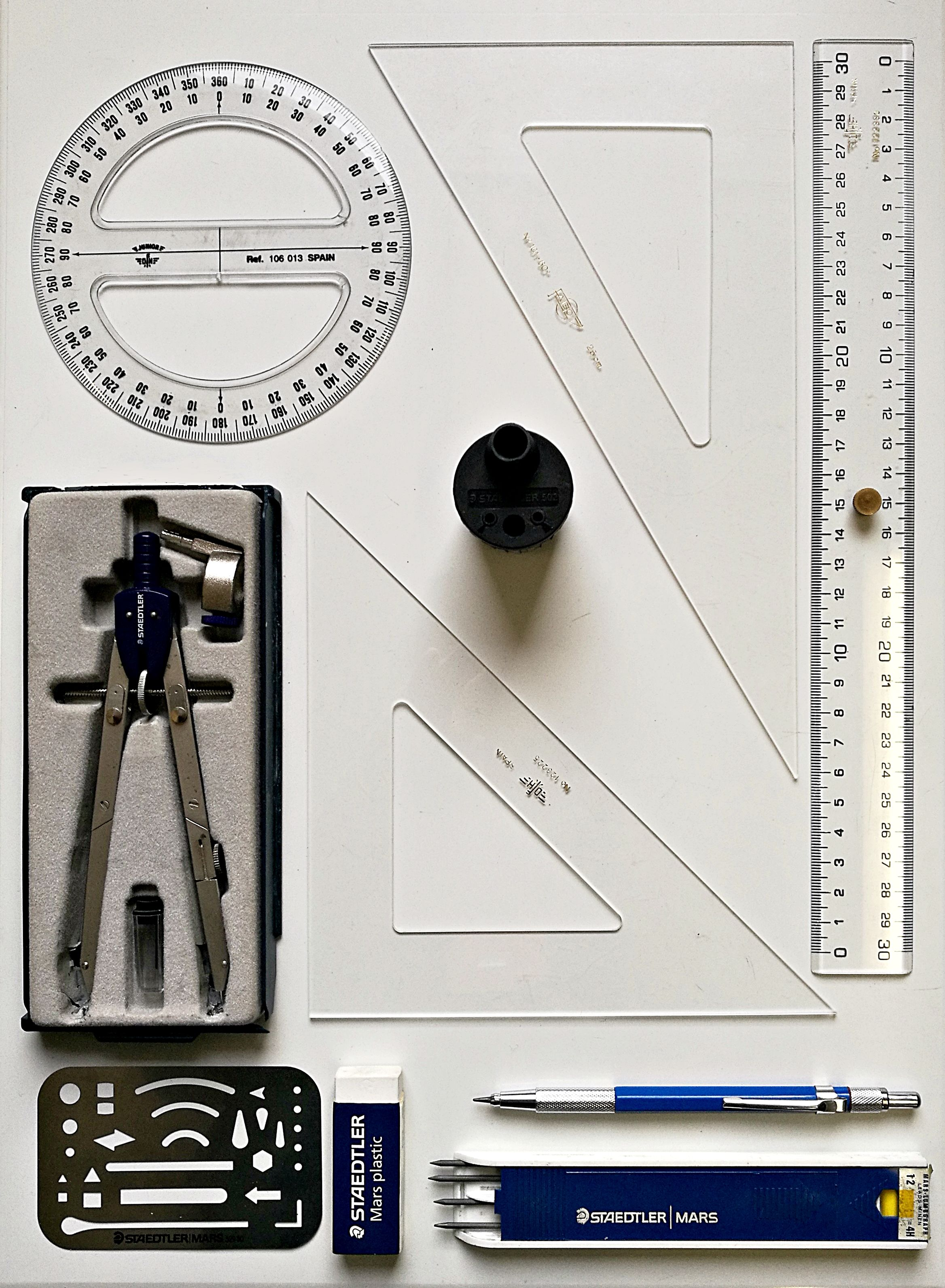 Material Basico Para Dibujo Tecnico A Lapiz En Bachillerato Materiales De Dibujo Tecnico Instrumentos De Dibujo Tecnicas De Dibujo