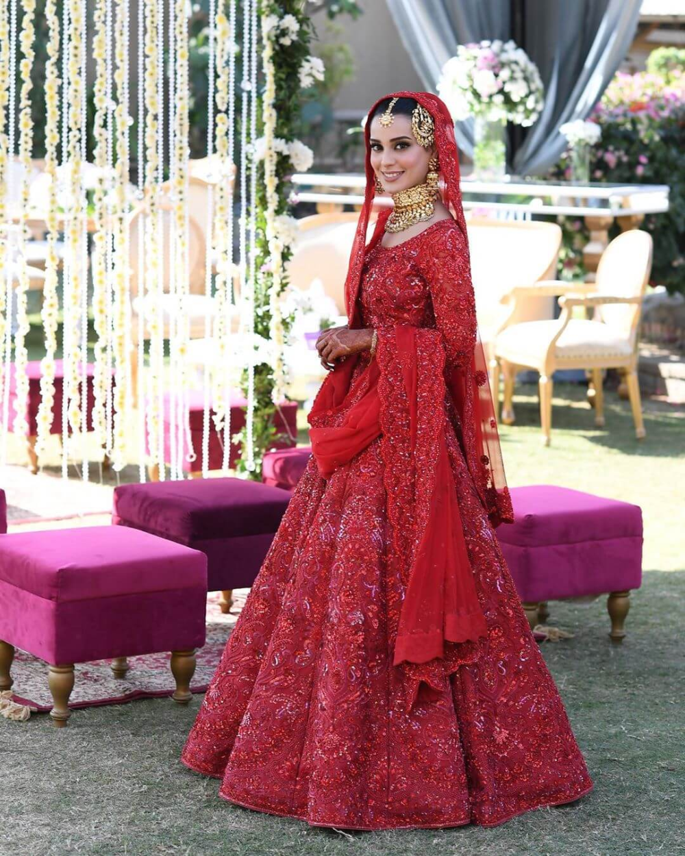 Latest Bridal Lehenga Color Combinations That Are Going To Rule 2020 Bridal Dresses Pakistan Bridal Lehenga Red Latest Bridal Lehenga [ 1250 x 1000 Pixel ]