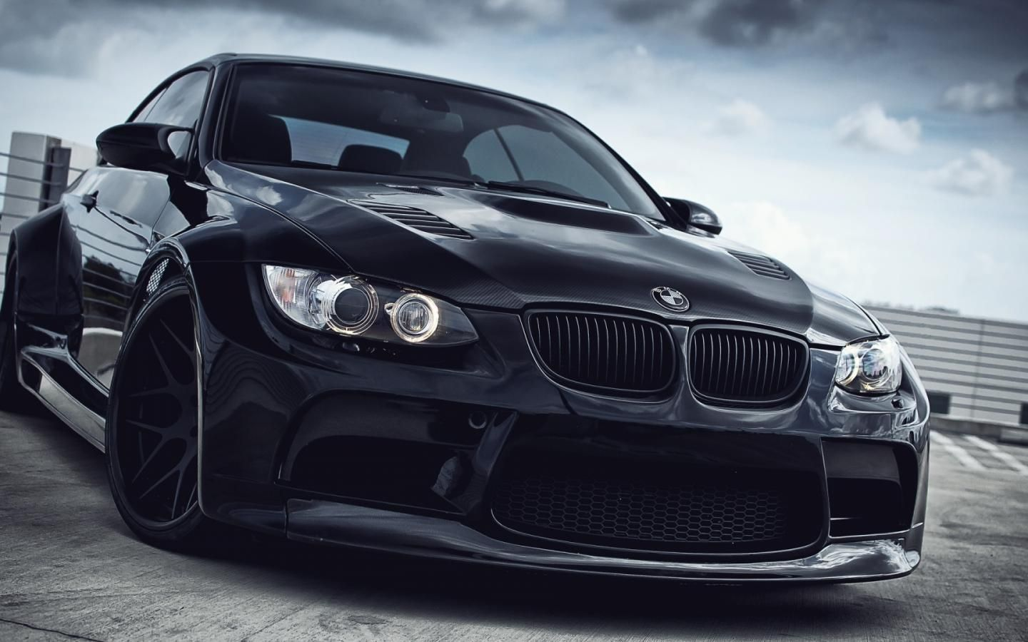 Bmw Wallpaper Widescreen Super Car Racing Bmw Black Bmw Wallpapers