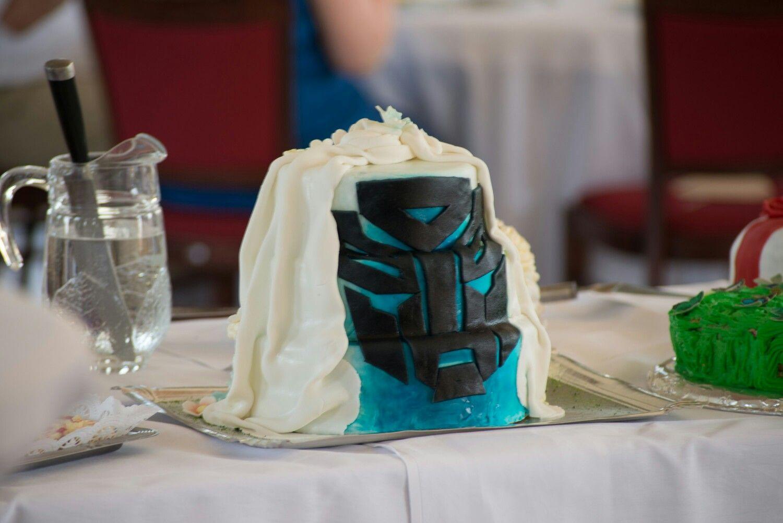 Hochzeitstorte Transformers