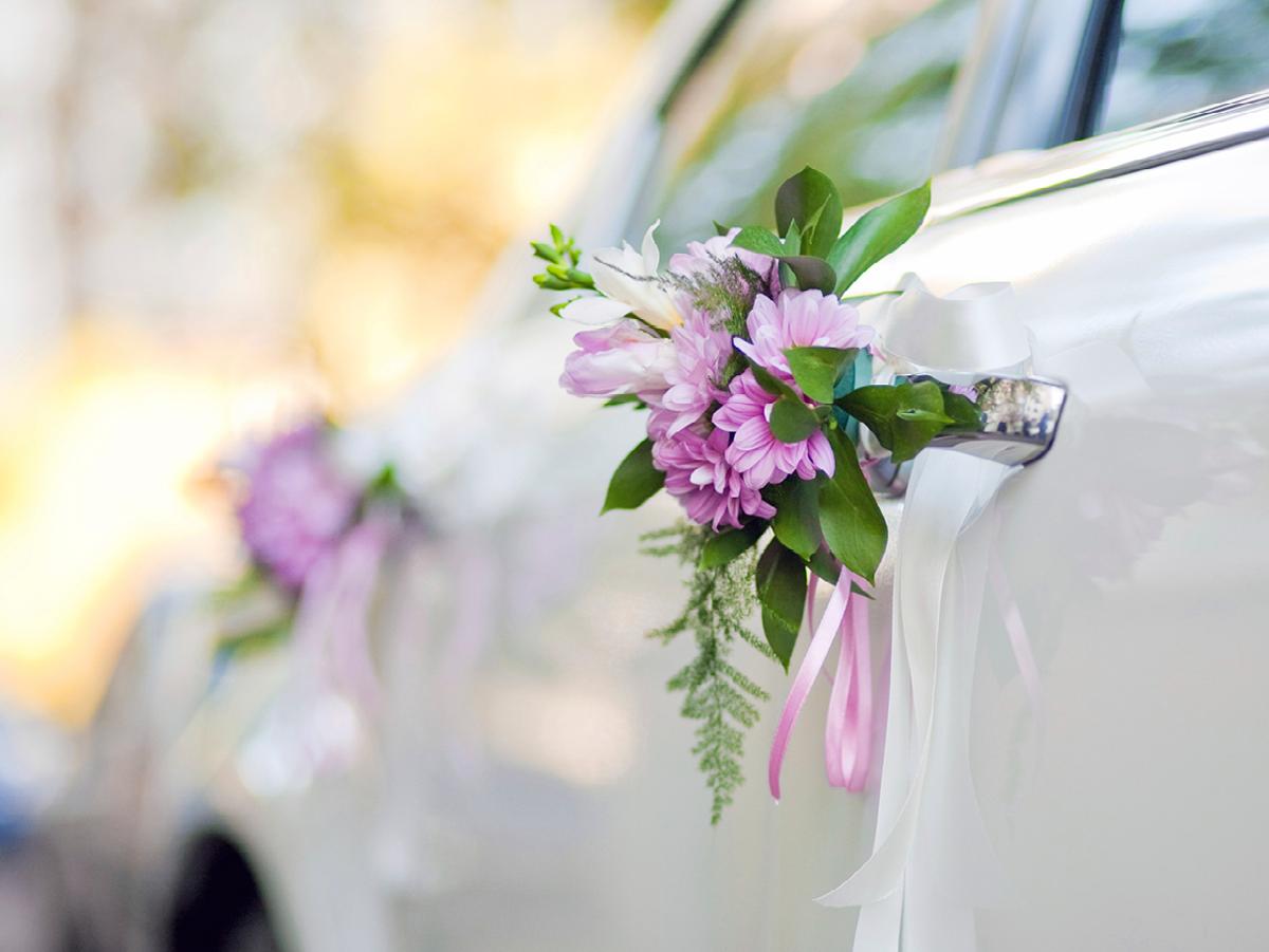 so schm cken sie ihr hochzeitsauto die perfekte hochzeit pinterest wedding cars wedding. Black Bedroom Furniture Sets. Home Design Ideas