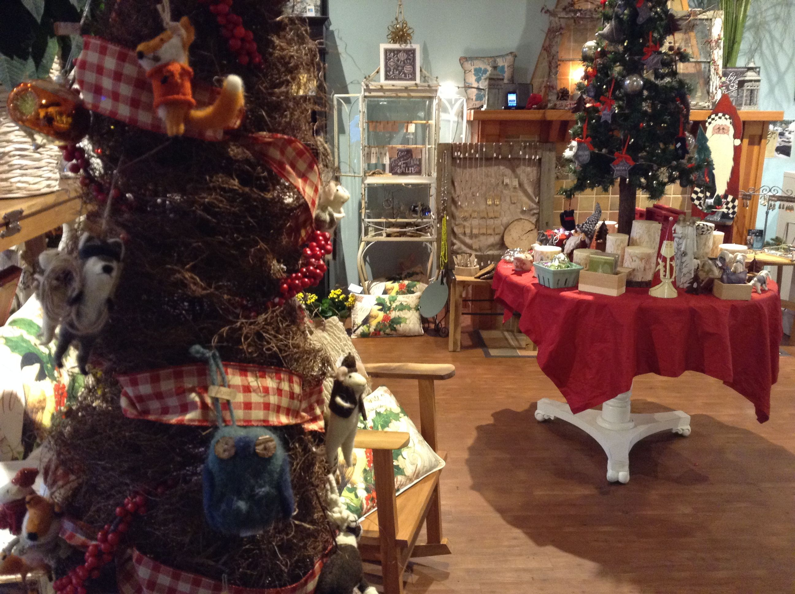 Deck the Halls with Downt To Eart Flowers & Gifts in downtown Snoqualmie