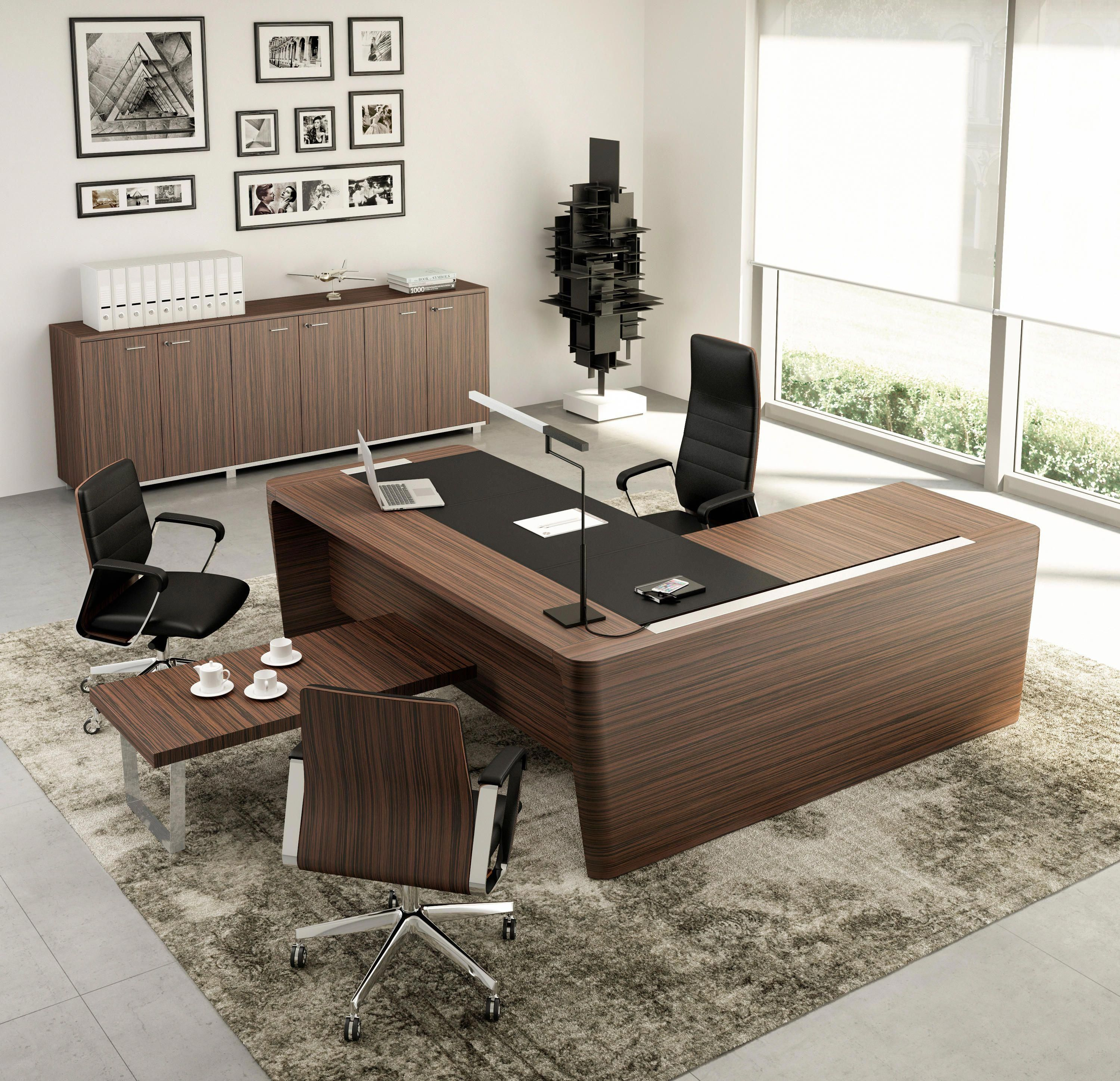 X10 Designer Executive Desks From The Quadrifoglio Group All Information Hig Office Furniture Design Contemporary Office Furniture Large Office Furniture