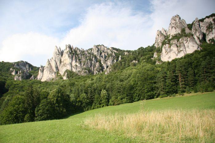 Súľovské skaly a Gotická brána - Turistické oblasti - Zoznam zaujímavostí - Visit Slovakia .com
