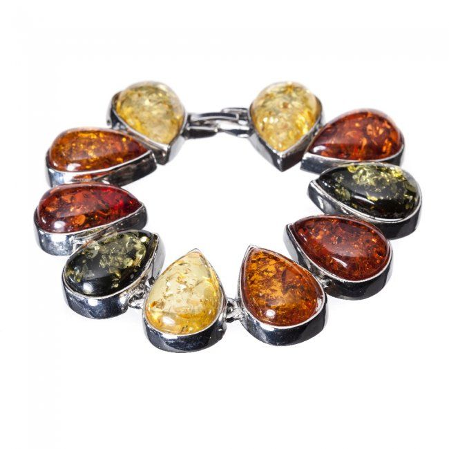 Bracelet in silver and amber