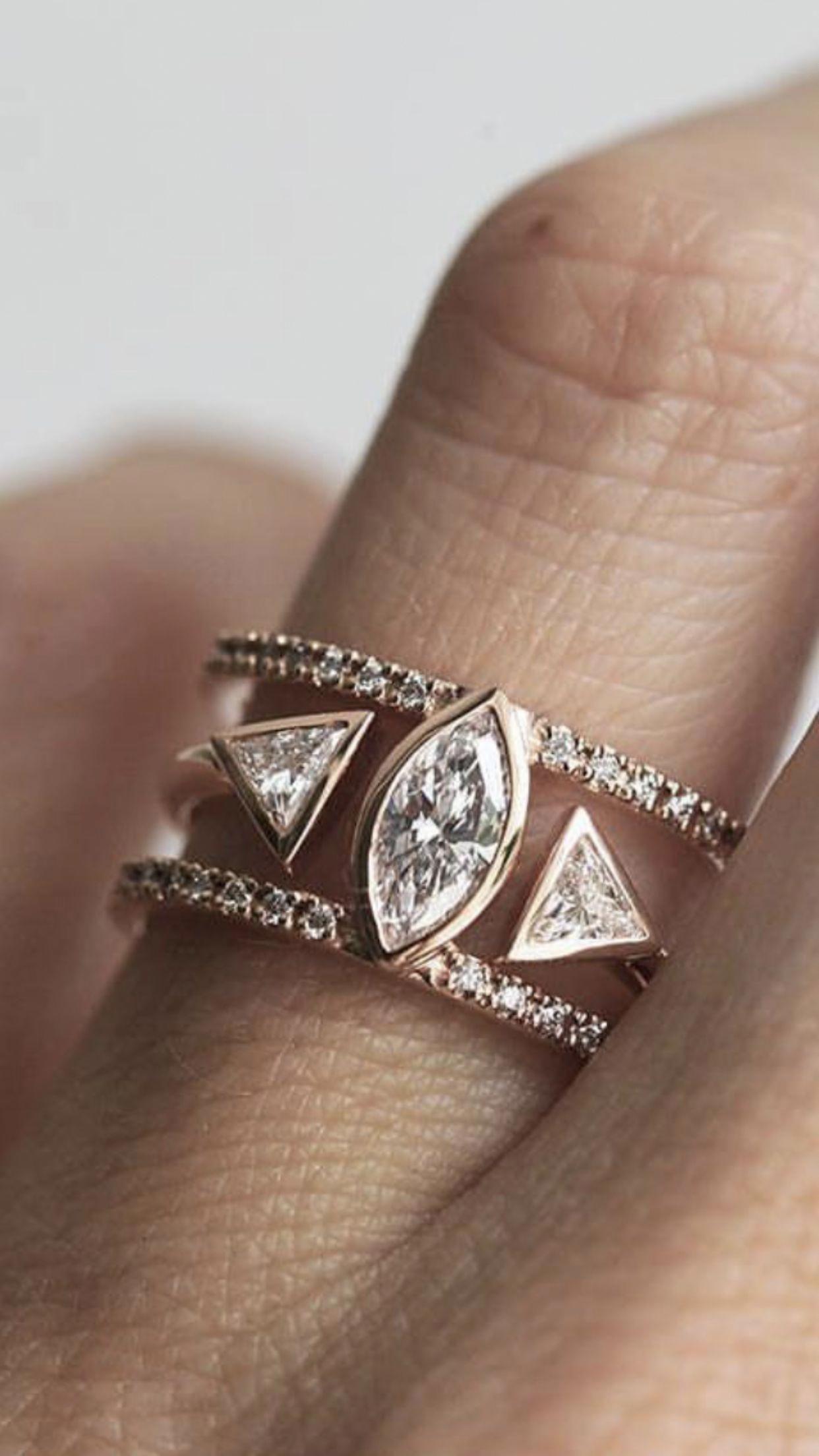 shininggiftsforher Unusual wedding rings, Wedding rings