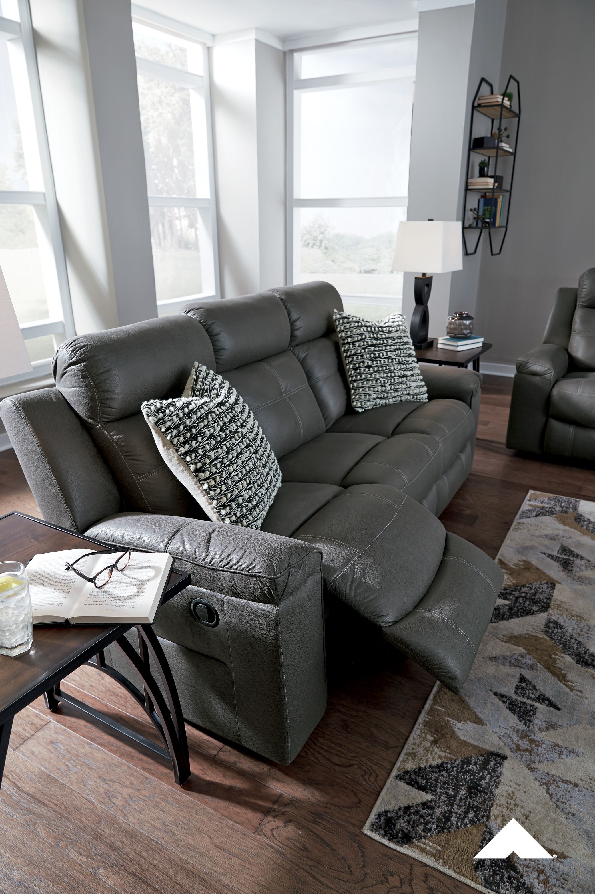 Jesolo Dark Gray Reclining Sofa Rustic Character Comes Forth In This Dark Gray Reclining Sofa Designer Stit Living Room Grey Reclining Sofa Ashley Furniture