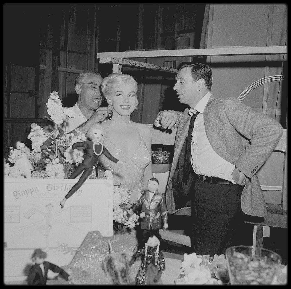 """1er Juin 1960 / Marilyn Apprécia Que L'équipe Du Film """"Let"""