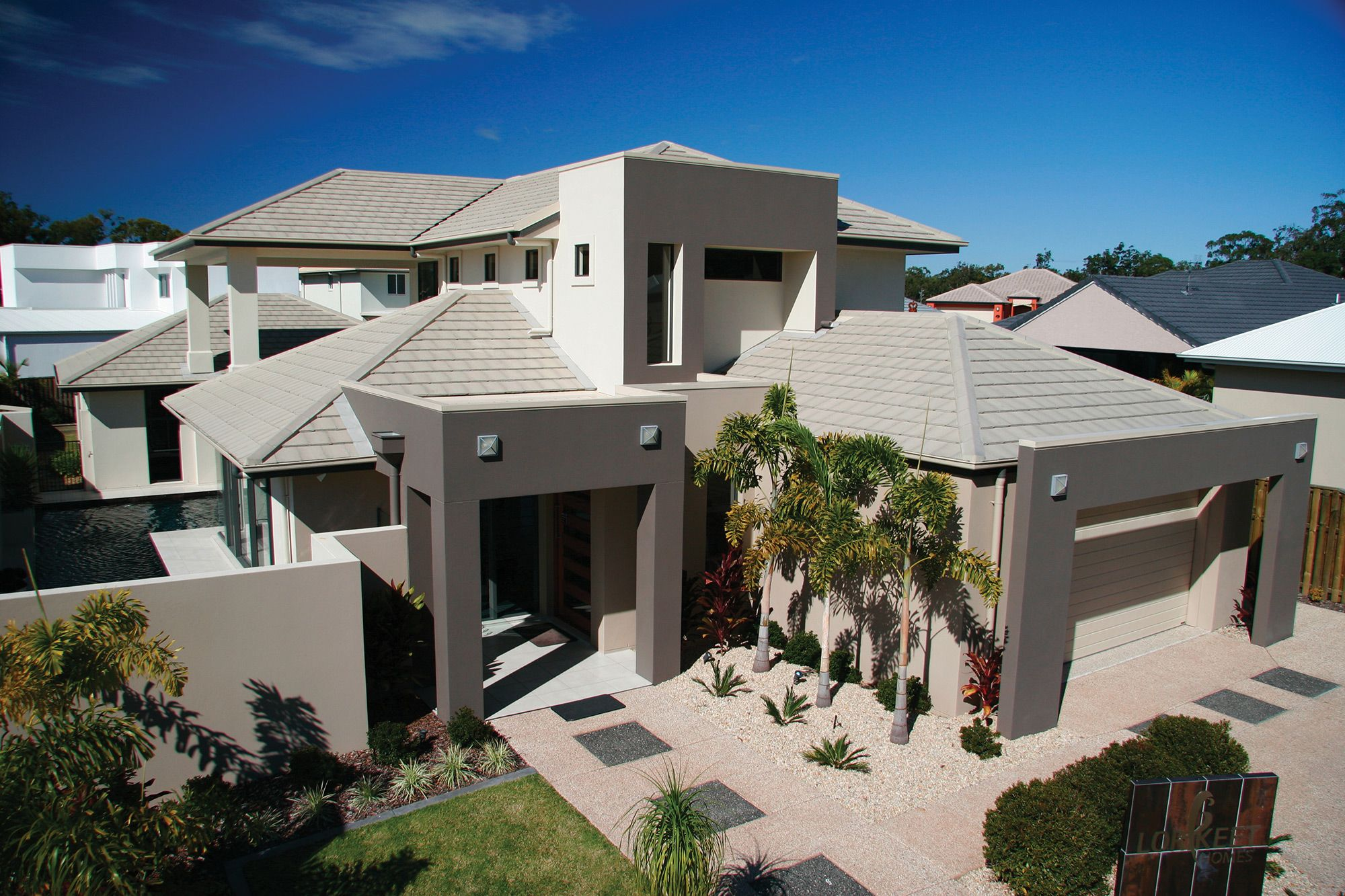 Check Out This Tile From Monier Horizon In Wild Rice Concrete Tiles Roofing Concrete Roof Tiles