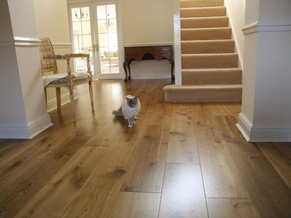 A Modern Looking 220mm Wide Engineered Lightly Fumed Oak This Excellent Quality Flooring