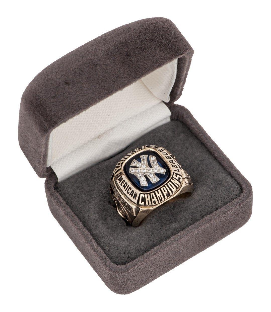 New York Yankees MLB World Series Championship Ring for
