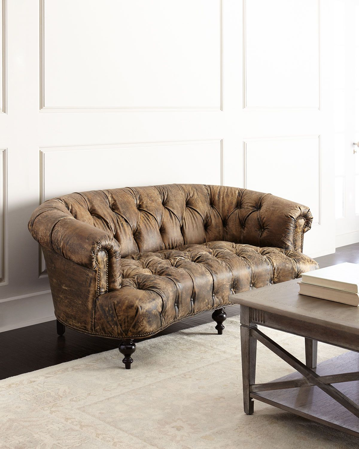 Best Old Hickory Tannery Carson Tufted Leather Sofa Tufted 400 x 300