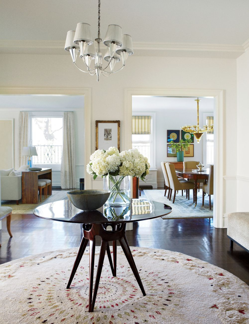 Living room furniture Traditional Entrance Hall by