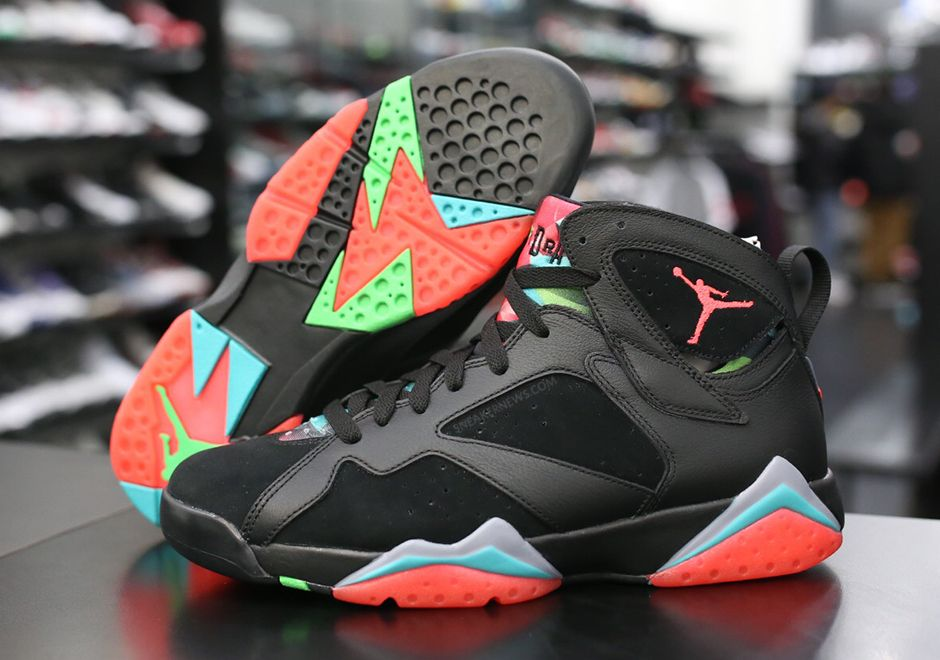 Nike Air Jordan 7 VII Retro Marvin the Martian Black Infrared